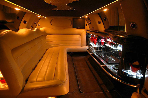 lincoln stretch limo 2 Lubbock